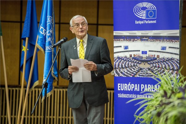 Átadták az Európai Polgári Díjat
