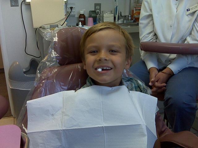 A Gyermekmentő Szolgálat mozgó fogászati rendelője tizennégy helyszínre látogat el az idén