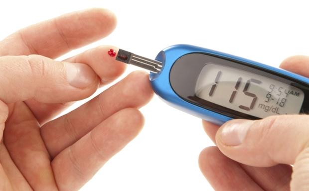 Napi kétszeri étkezéssel hatékonyan kezelhető a 2-es típusú cukorbetegség