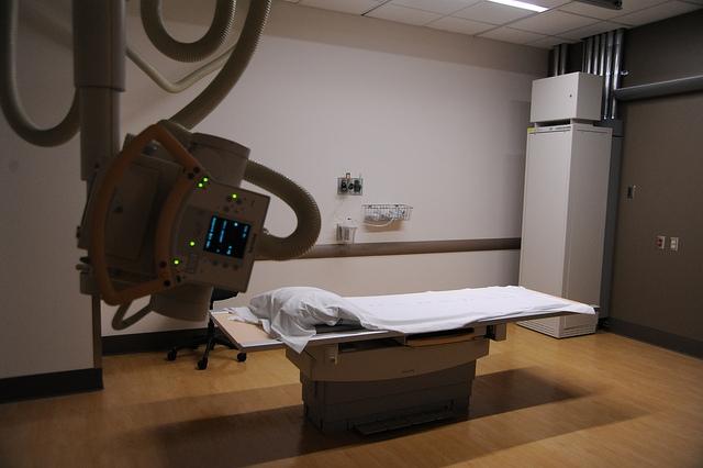 Tizennyolc új digitális röntgen segíti az orvosok munkáját az Egyesített Szent István és Szent László Kórházban