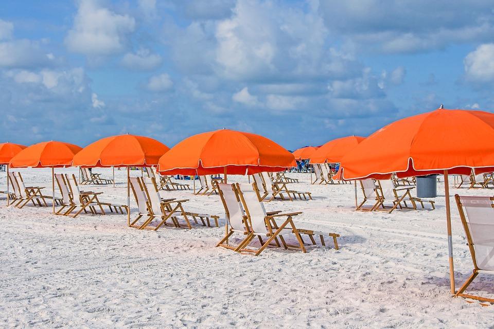 Hiába ülünk napernyő alá, az senkit sem véd meg a káros UV-sugárzástól
